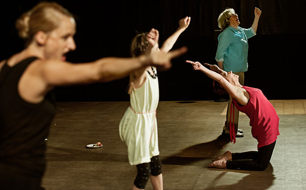 Pressefoto: theater monteure - krims krams