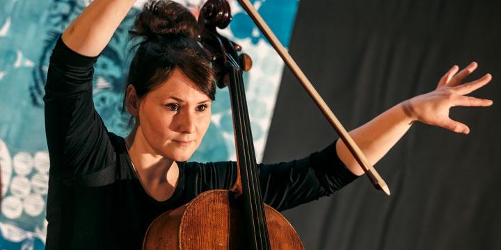 theater monteure - wenn das cello katze spielt
